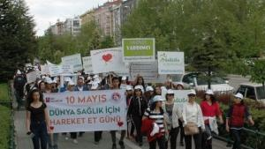 Eskişehir'de 'Dünya Sağlık İçin Hareket Et Günü' yürüyüşü