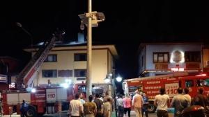 Ahşap binadaki taş fırında çıkan yangın 15 dakikada söndürüldü