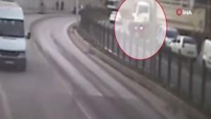 Anne ve kızının hayatını kaybettiği korkunç kaza kamerada