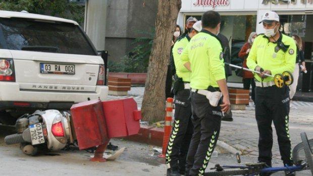 Motosiklet önüne ne çıktıysa çarptı