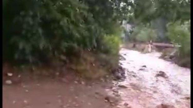 Sarıcakaya'da yoğun yağış sele neden oldu