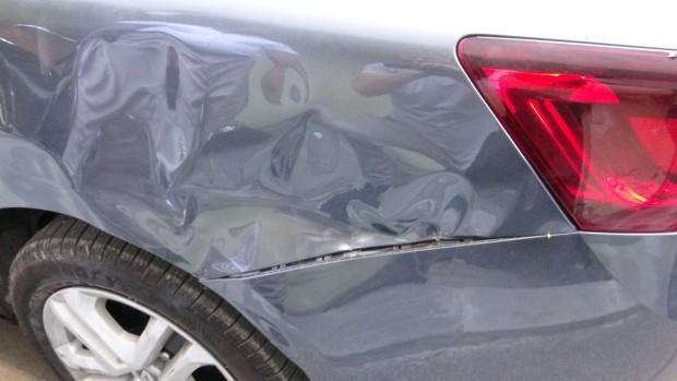 Çekmeköy'de alkollü sürücü dehşeti: Park halindeki 10 araca çarptı