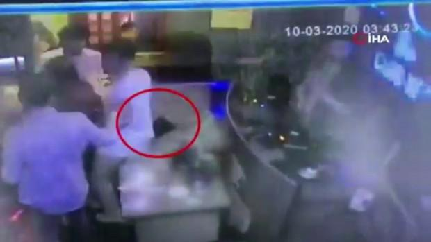 Gece kulübünde dans ederek hırsızlık pes dedirtti