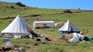 Erzincanlı göçerlerin yayla hayatı