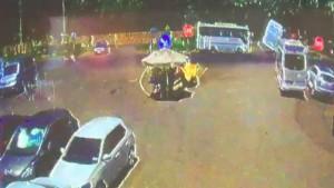 İki minibüs böyle çarpıştı: Faciadan dönüldü