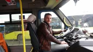 Minibüs şoföründen örnek davranış